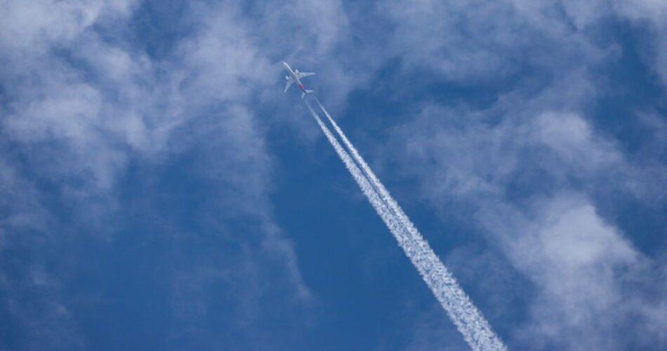 plane emissions